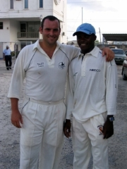 Neil Russell & Fidel Edwards @ Biscuit Factory 2005.